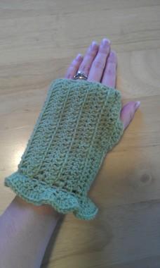 Green Ruffled Wrist Warmers