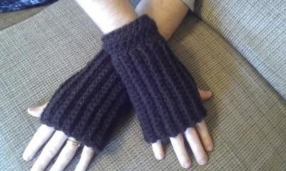 Brown Men's Fingerless Gloves