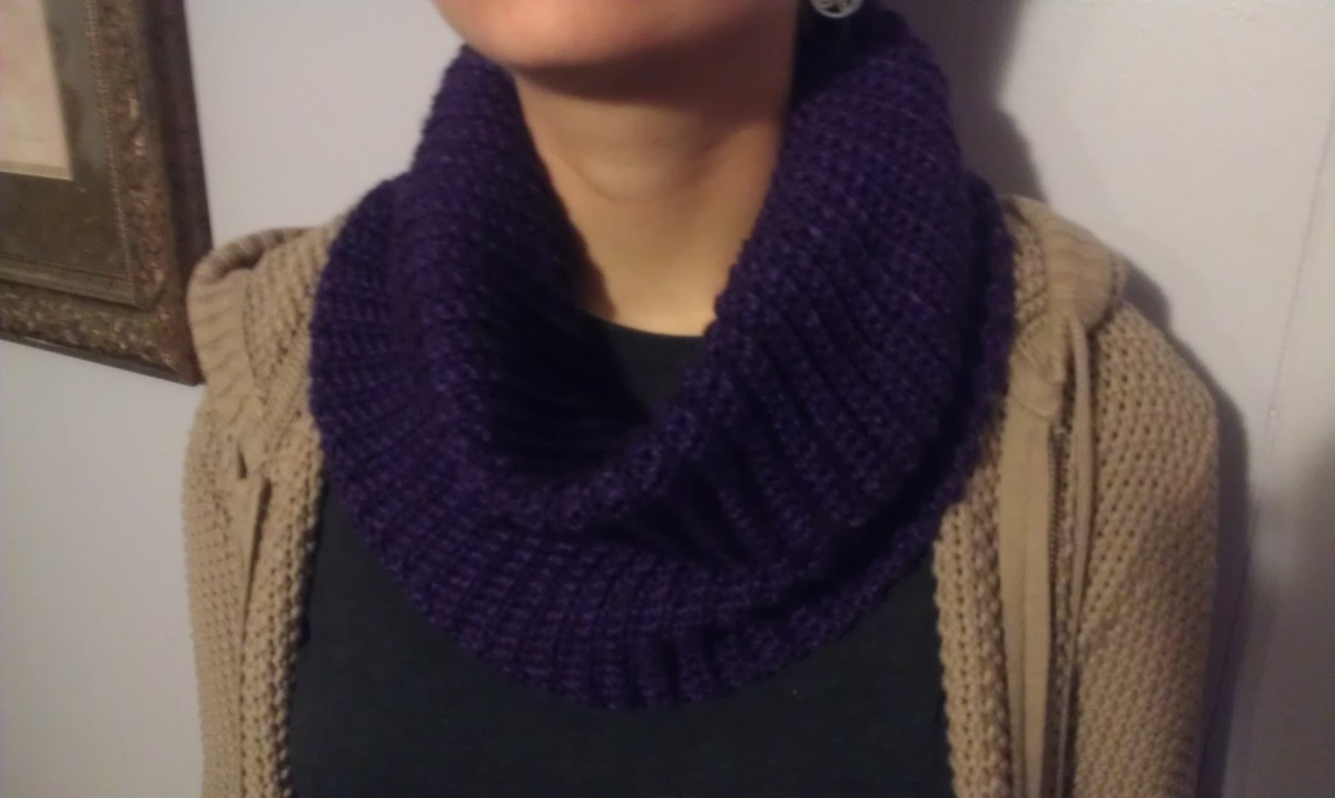 3 Easy Crochet Cowl Scarves with Pattern and Yarn reviews